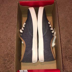 American Eagles Grey Sneakers